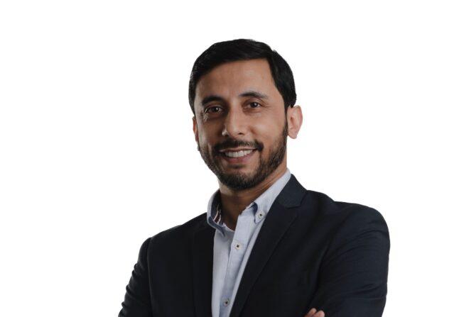 Mufti Monhim, Chief Technology Officer